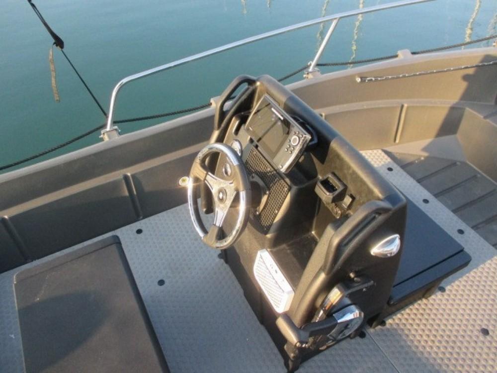 Vermietung Schlauchboot Whaly mit Führerschein