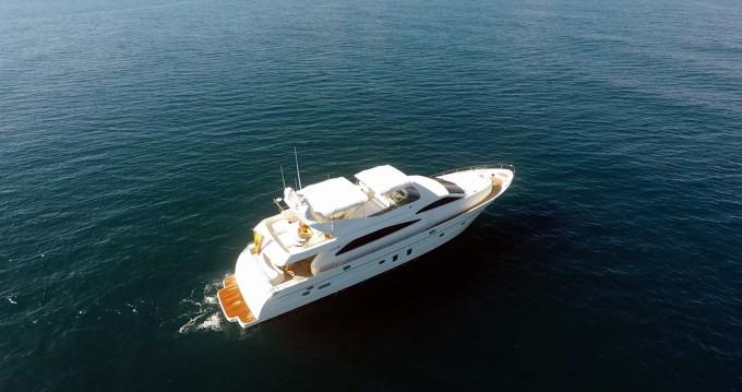Astondoa Astondoa 82 GLX zwischen Privatpersonen und professionellem Anbieter Ibiza Island