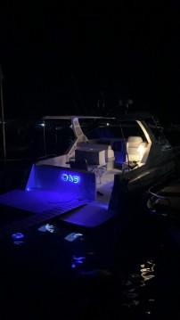 Cranchi Cruiser 32 zwischen Privatpersonen und professionellem Anbieter Scario
