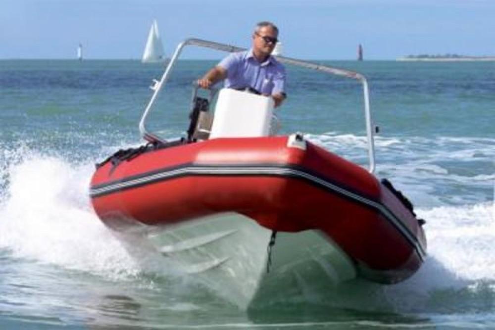 Bootsverleih Zodiac Pro 500 Grimaud Samboat