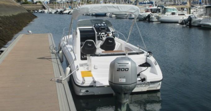 Motorboot mieten in Arzon zum besten Preis