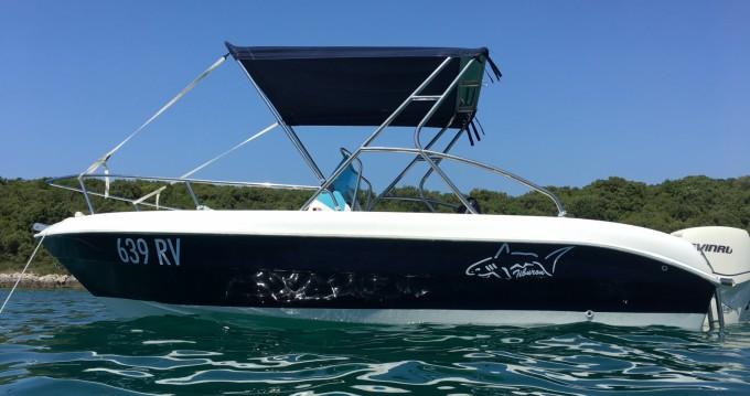 Vermietung Motorboot Tiburon mit Führerschein