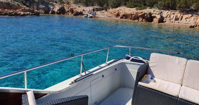 Motorboot mit oder ohne Skipper Chris Craft mieten in Porto Pozzo