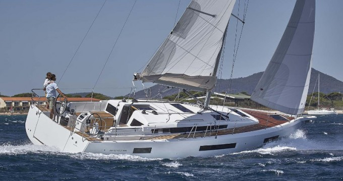 Jeanneau Sun Odyssey 440 zwischen Privatpersonen und professionellem Anbieter Volos