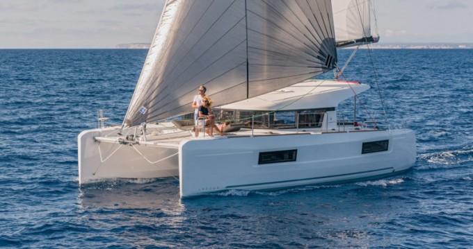 Yacht-Charter in Álimos - Lagoon Lagoon 40 auf SamBoat