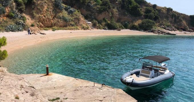 Bootsverleih Marlin Boat 790 PRO BLACK EDITION UNIQUE Trogir Samboat