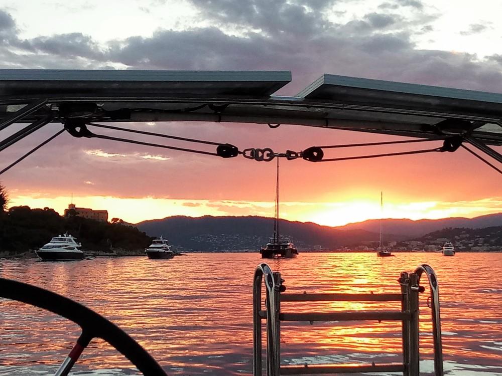 Bootsverleih Bénéteau Oceanis 45 Vallauris Samboat