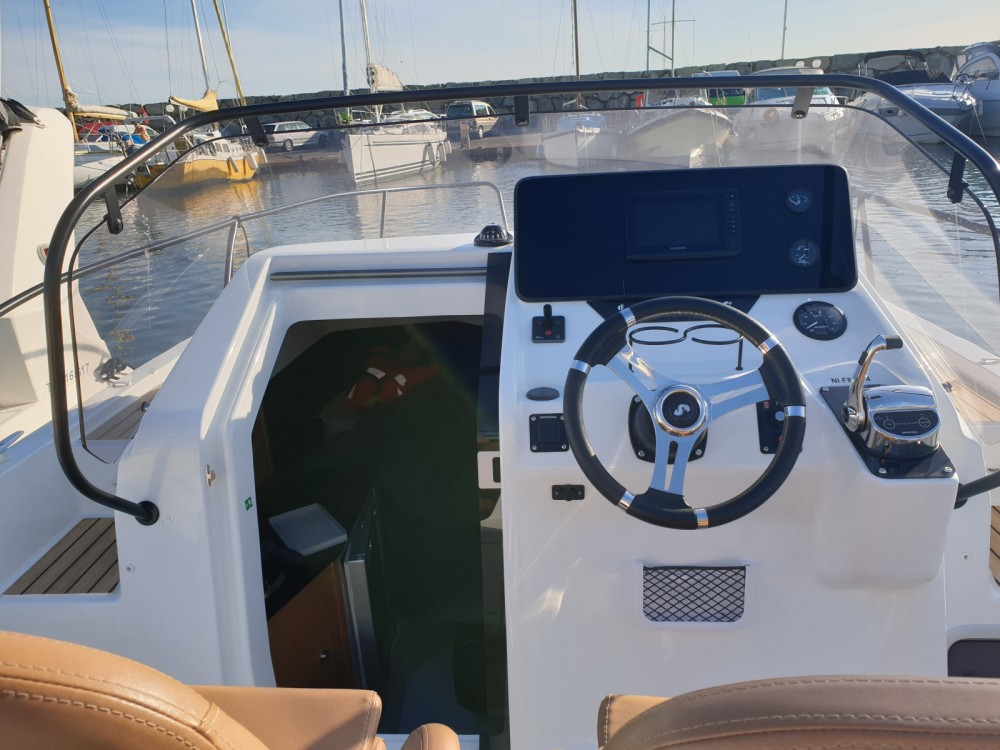 Bootsverleih Cogolin günstig Flyer 8 Sun Deck