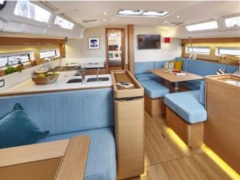 Yacht-Charter in Álimos - Jeanneau Sun Odyssey 490 auf SamBoat