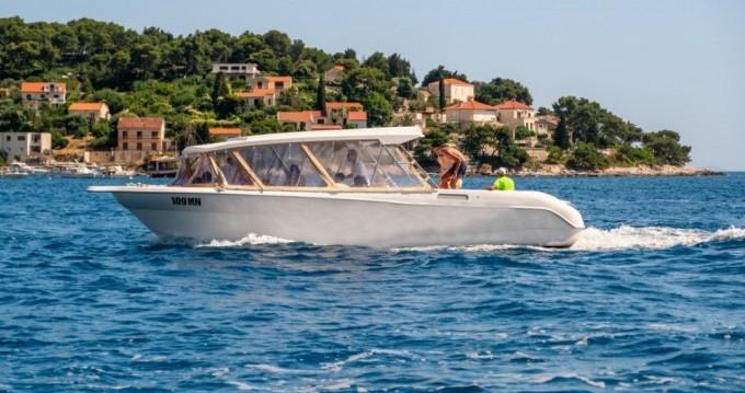 Motorboot mieten in Milna - Enzo 35