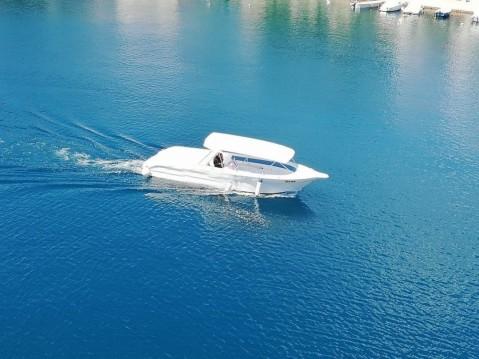 Motorboot mit oder ohne Skipper Enzo mieten in Milna