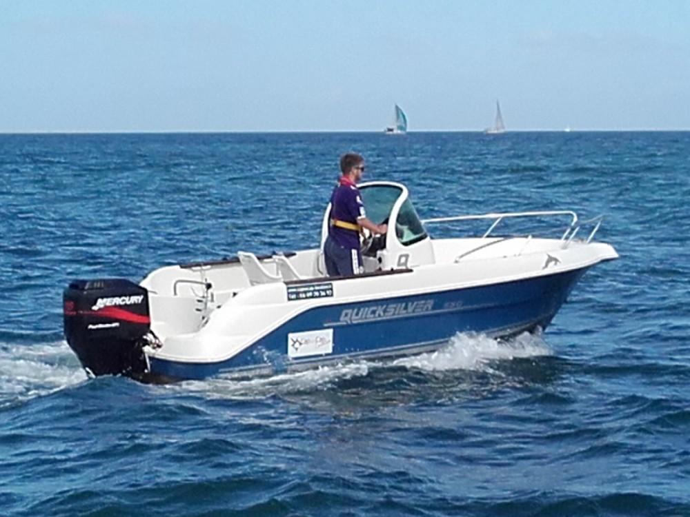 Yacht-Charter in La Rochelle - Quicksilver Quicksilver 535 Open auf SamBoat