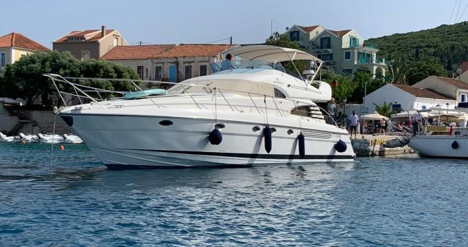 Motorboot mit oder ohne Skipper Fairline mieten in Lefkas Egremni