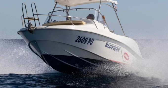 Vermietung Motorboot Blueway mit Führerschein