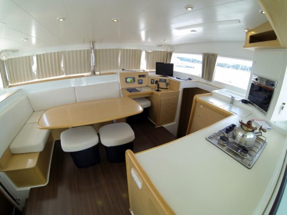 Yacht-Charter in Guadeloupe - Lagoon Lagoon 400 auf SamBoat