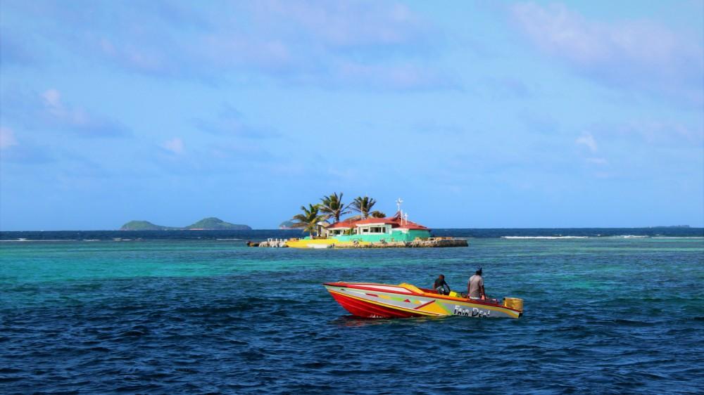 Bootsverleih St. Lucia günstig Lagoon 400