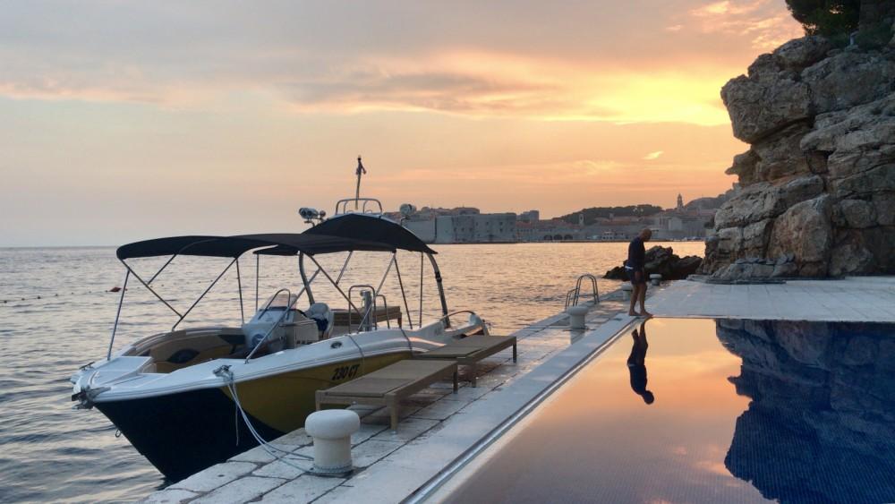 Bootsverleih Mercan Yachting Excursion 34 Cavtat Samboat