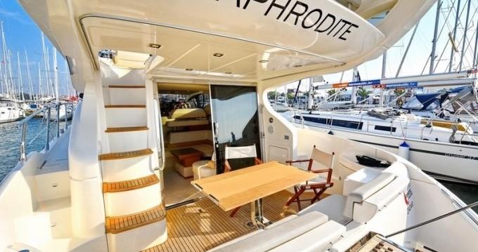 Motorboot mit oder ohne Skipper Azimut mieten in Dubrovnik