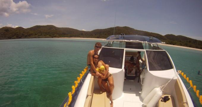 OCEAN LOVE 42 Sport zwischen Privatpersonen und professionellem Anbieter Phuket