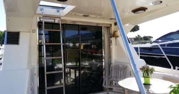 Yacht-Charter in Porto Badino - Azimut Azimut 45 Fly  auf SamBoat