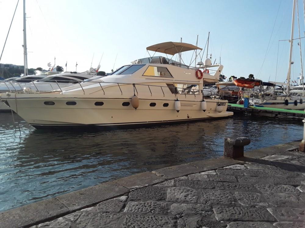 Ein Italcraft X50 Marlin mieten in Fiumicino