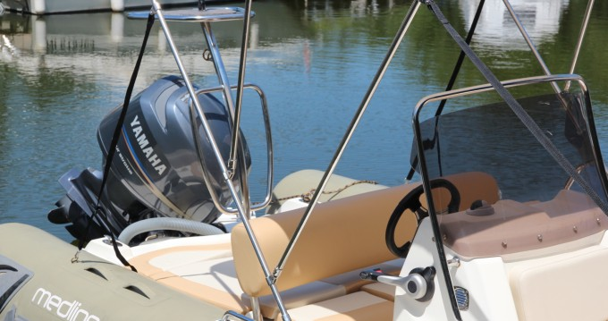 Schlauchboot mieten in Mandelieu-la-Napoule zum besten Preis