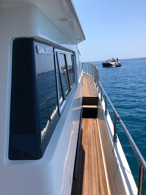Vermietung Yachten San Lorenzo mit Führerschein