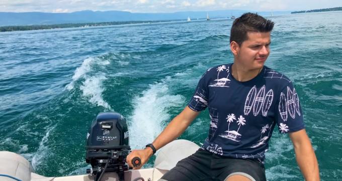 Schlauchboot mit oder ohne Skipper Zodiac mieten in Genève
