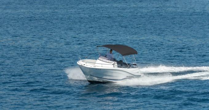 Bootsverleih Trogir günstig Cap Camarat 6,5