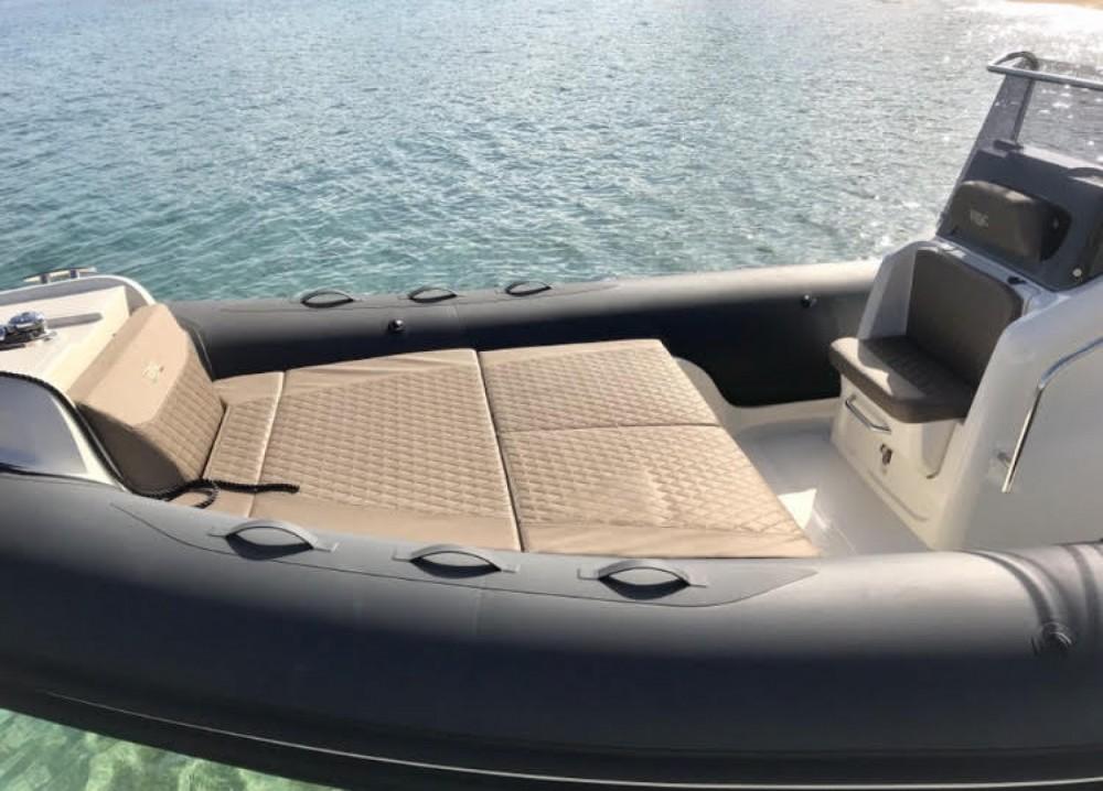 Schlauchboot mit oder ohne Skipper Bsc mieten in Pietrosella