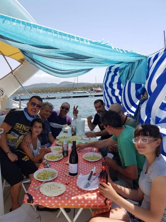 Wellcraft Portofino 4300 zwischen Privatpersonen und professionellem Anbieter Porto Pozzo