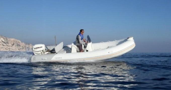 Bootsverleih Zodiac Medline 580 Nouméa Samboat