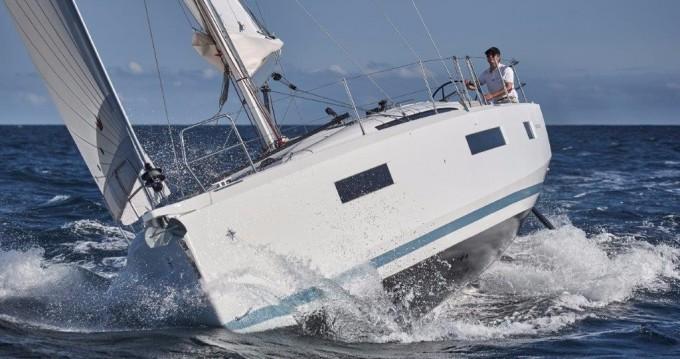 Jeanneau Sun Odyssey 440 zwischen Privatpersonen und professionellem Anbieter Skiathos