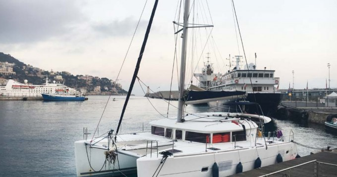 Lagoon Lagoon 400 zwischen Privatpersonen und professionellem Anbieter Ibiza Island