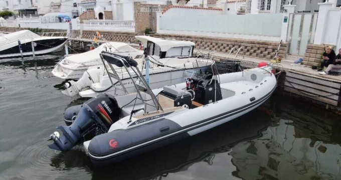 Schlauchboot mieten in Empuriabrava zum besten Preis