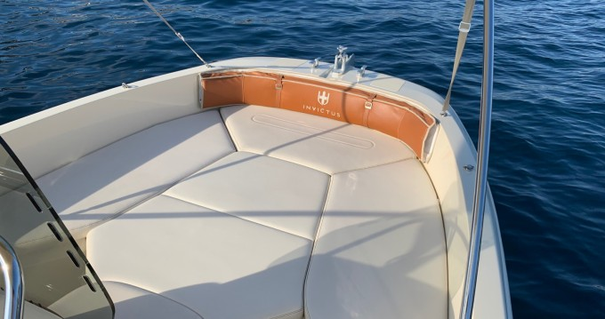 Motorboot mit oder ohne Skipper Invictus  mieten in Port d'Andratx