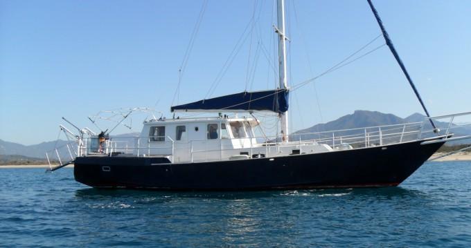 Vermietung Segelboot Bruce Roberts Yachting Design mit Führerschein