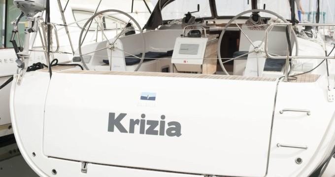 Bootsverleih San Vincenzo günstig Bavaria 46 Cruiser New