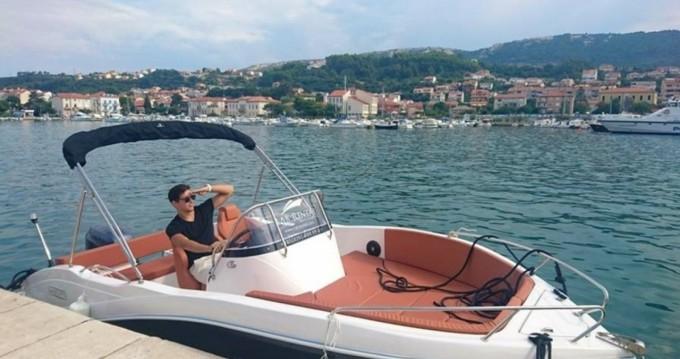 Okiboats Barracuda 545 Open zwischen Privatpersonen und professionellem Anbieter Dubrovnik