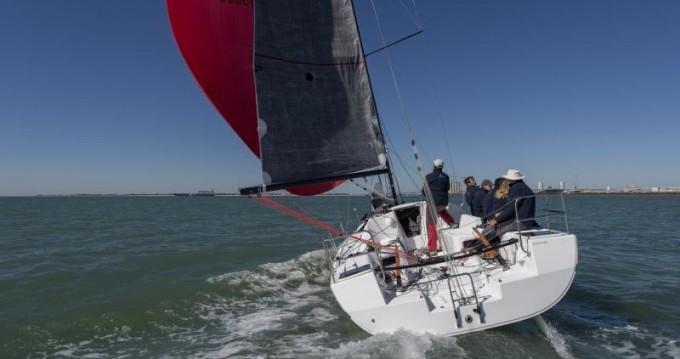 Segelboot mit oder ohne Skipper Jeanneau mieten in Les Sables-d'Olonne