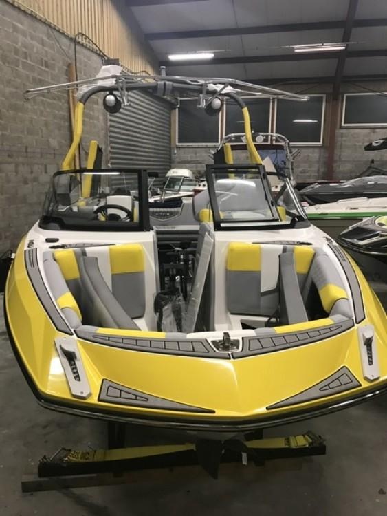 Vermietung Motorboot Nautique Correct Craft mit Führerschein