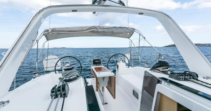 Yacht-Charter in Ayamonte - Bénéteau Oceanis 38 auf SamBoat