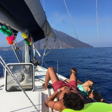 Segelboot mit oder ohne Skipper Bénéteau mieten in Milazzo