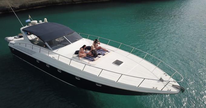 Alfamarine 58 zwischen Privatpersonen und professionellem Anbieter Chania