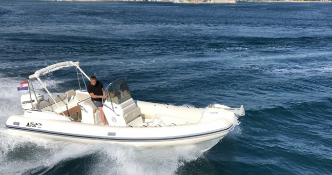 Bootsverleih Nuova Jolly Blackfin 25 Elegance Biograd na Moru Samboat