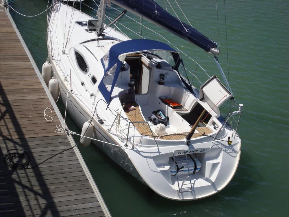 Alliaura-Marine Feeling 32 DI zwischen Privatpersonen und professionellem Anbieter Mortagne-sur-Gironde