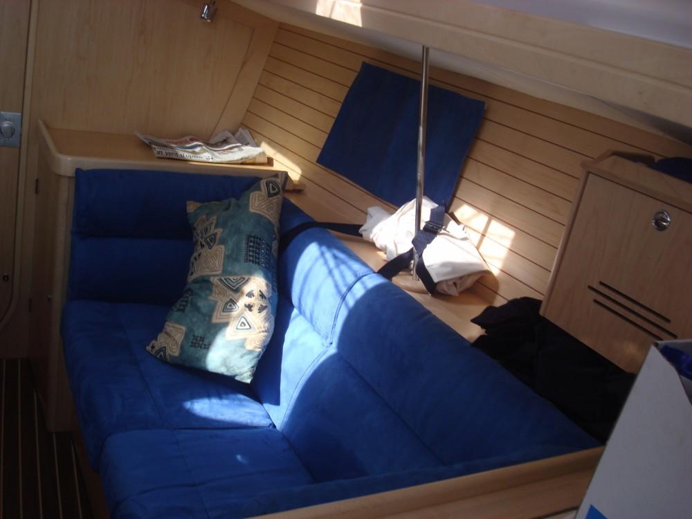 Bootsverleih Alliaura-Marine Feeling 32 DI Mortagne-sur-Gironde Samboat