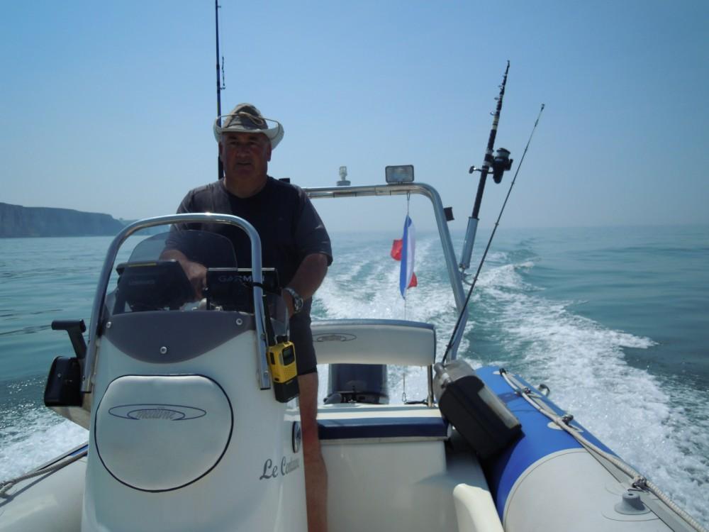 Schlauchboot mit oder ohne Skipper Zodiac mieten in Cany-Barville