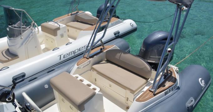Schlauchboot mieten in Algajola zum besten Preis