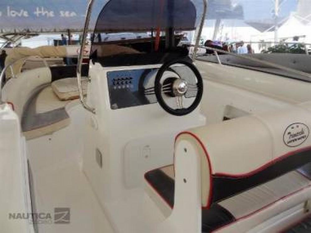 Motorboot mieten in La Savina - Karnic Bluewater 2460